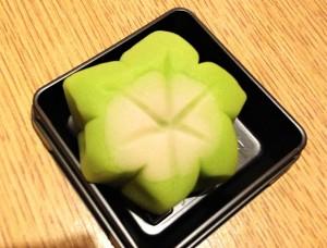 kyoto-wagashi-taiken-aomomiji