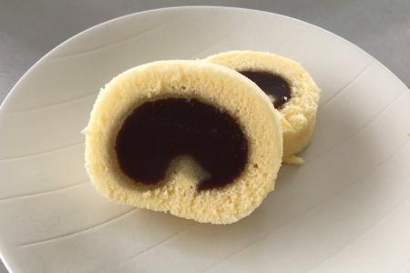 まるで一六タルト!あんロールケーキの作り方/レシピ