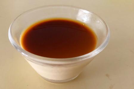 ほろ苦が美味しい「ほうじ茶プリン」の作り方